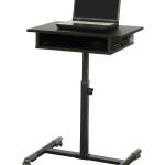 Компьютерный стол для ноутбука