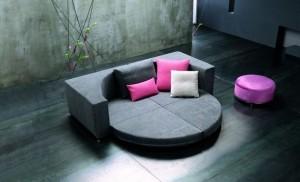Черная диван-кровать