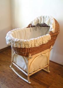 кроватка для новорожденного ретро